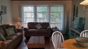 #3 condo 83 living room