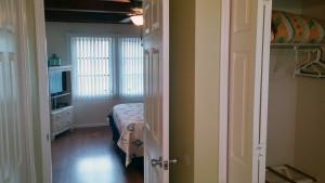 #21 condo 83 bedroom
