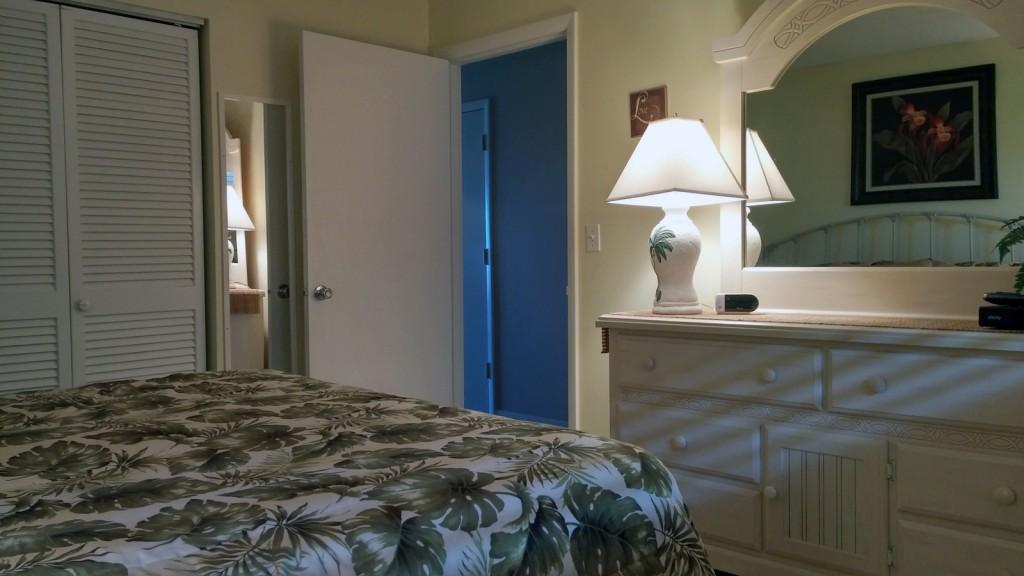 vacation condo 103 bedroom10