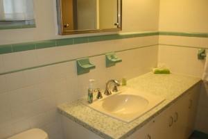 condo 62 bathroom
