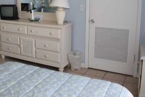 bed2_turtlecrawl304