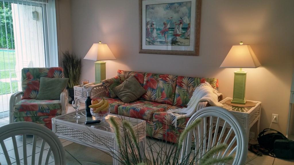 condo-103-livingroom