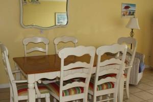 dining_turtlecrawl403