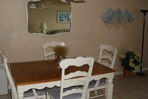 table_turtlecrawl303