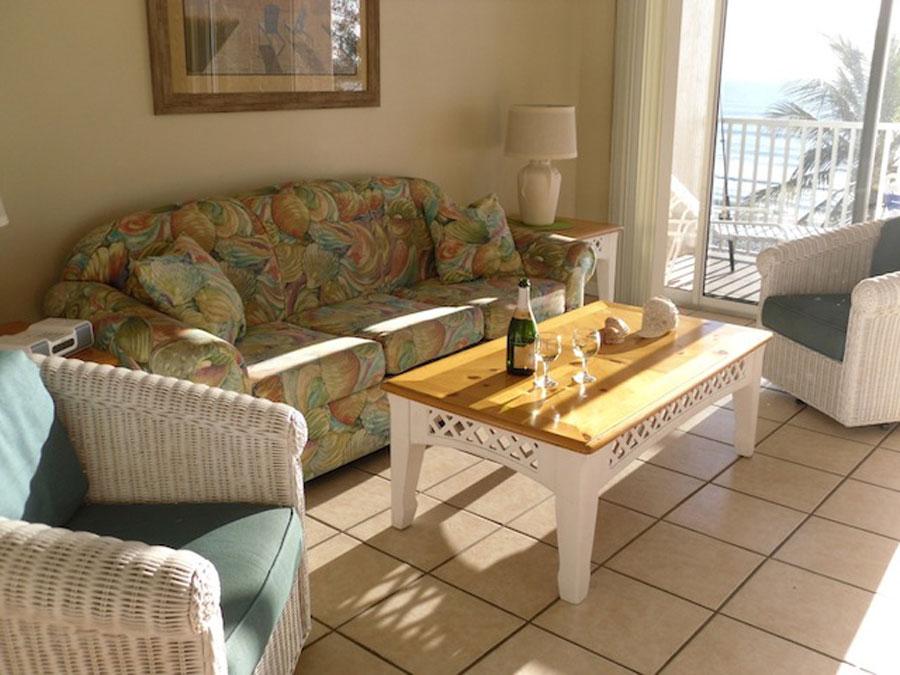 condo 402 living room
