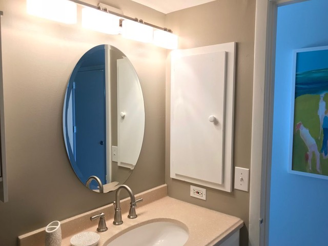 beach condo 101 bathroom