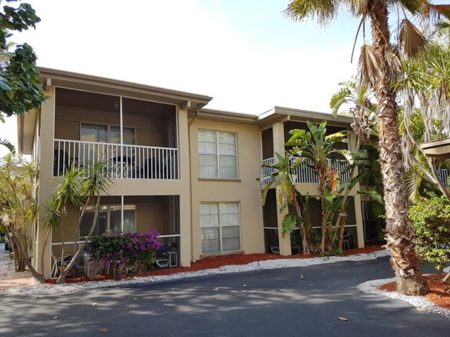 turtle crawl inn condos on longboat key florida