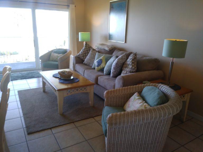 203 Livingroom 1