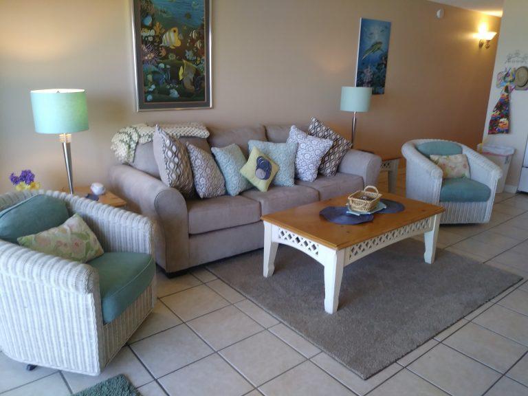 203 Livingroom