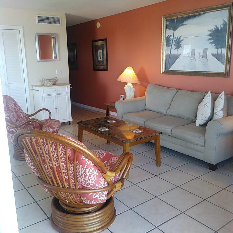 504 Livingroom Jan 2019