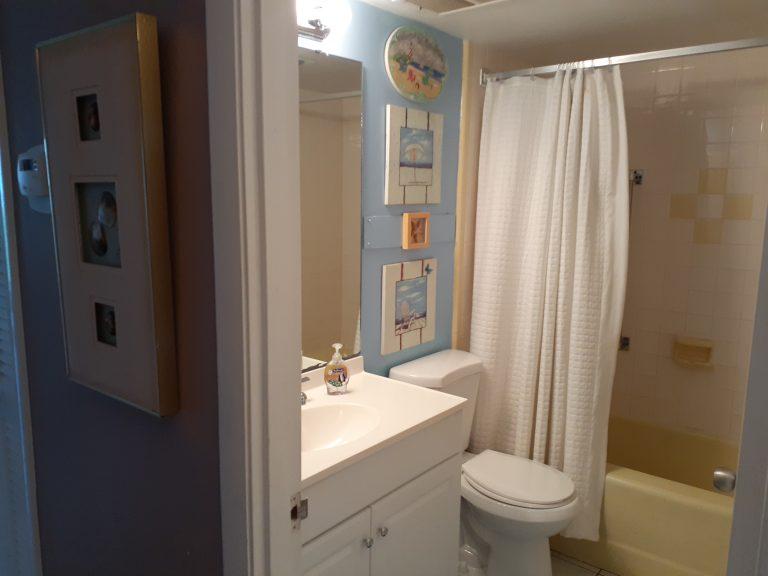104 Bathroom 1