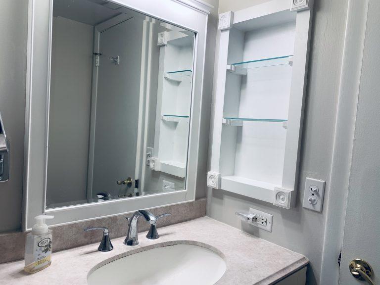 102 Bathroom Sink