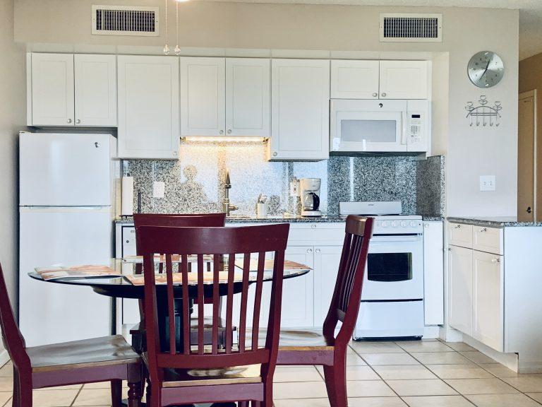 102 Kitchen1