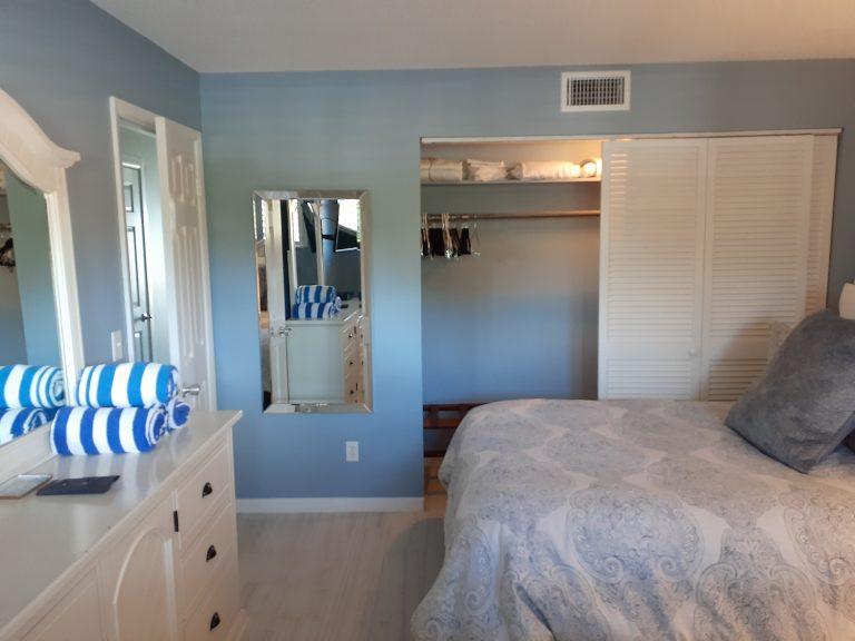 202 Bedroom2
