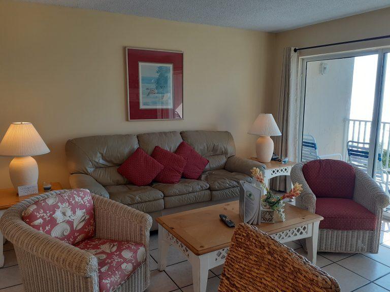 502 Living room 2002