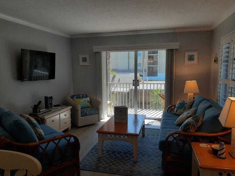 74 Living Room 2020