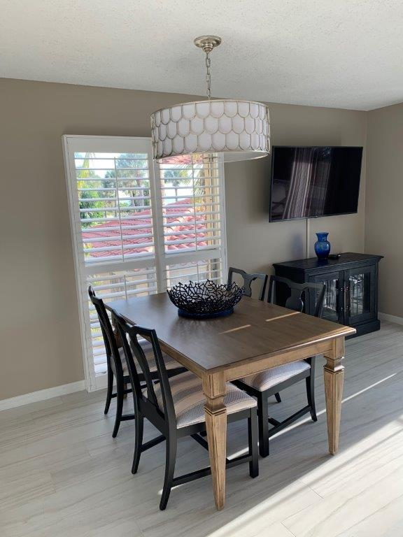 201 Dining and tv