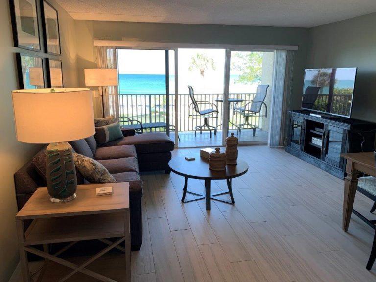 202 Outside view from livingroom 2