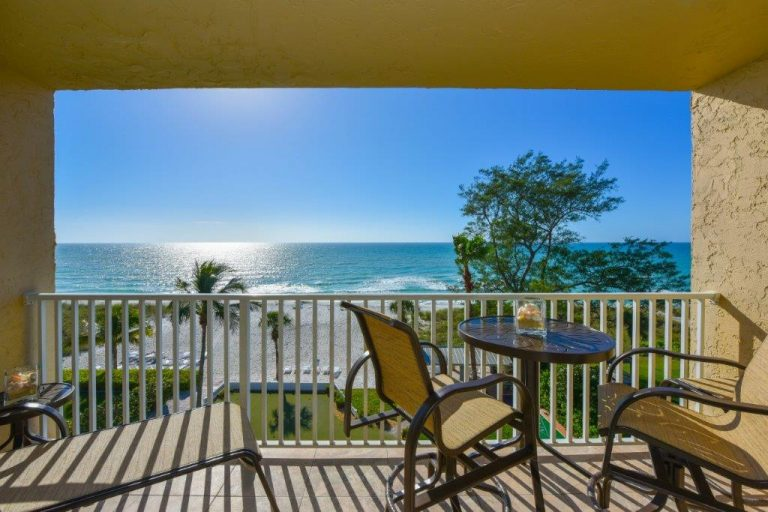 503 Patio furniture and view
