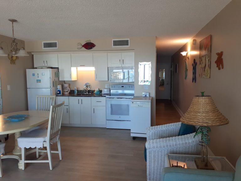 302 Kitchen 2021