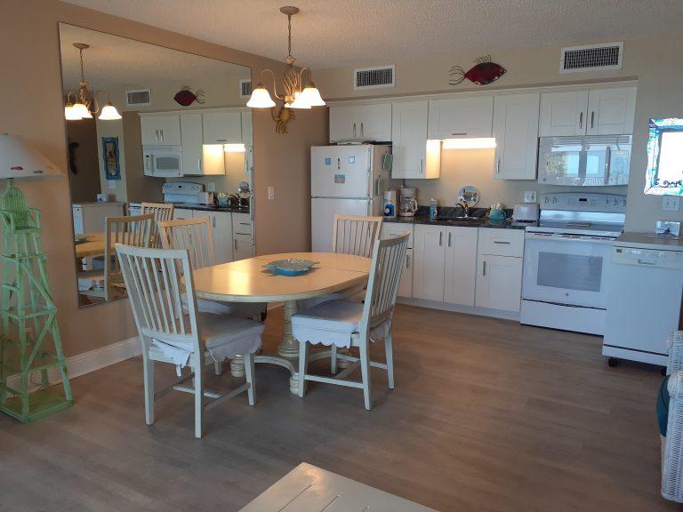 302 Kitchen Dinning 2021